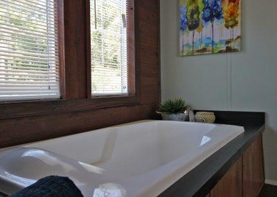 Kahuna Master Bath 3