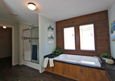 Kahuna Master Bath 4