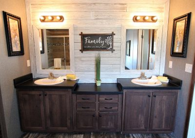 Double Pantry Master Bath 2